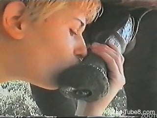 Sweetie loves the taste of horse dick in her mouth